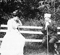 Елизавета Григорьевна Мамонтова и Виктор Михайлович Васнецов в Абрамцеве. 1890-е г.г.